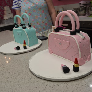 Cake Decorating Classes Queensland : Sunday 3rd of April 2016 Beginners 7 Handbag class Cost of ...