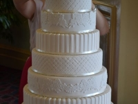 Wedding cake assembly