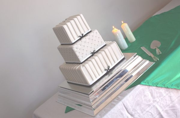 Wedding Cake stand hire Brisbane Contemporary Cakes