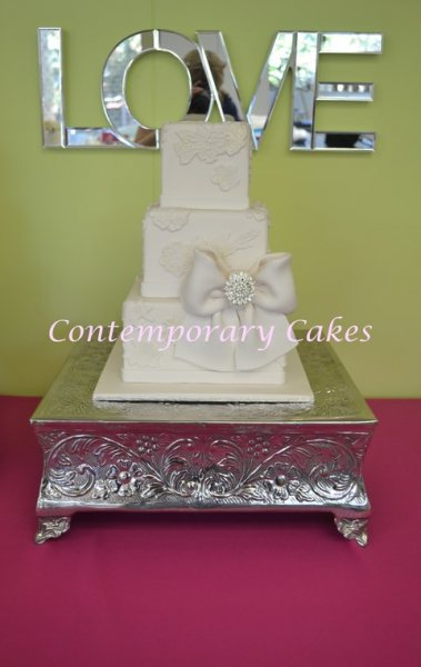 Brisbane Wedding Cake Stand Hire