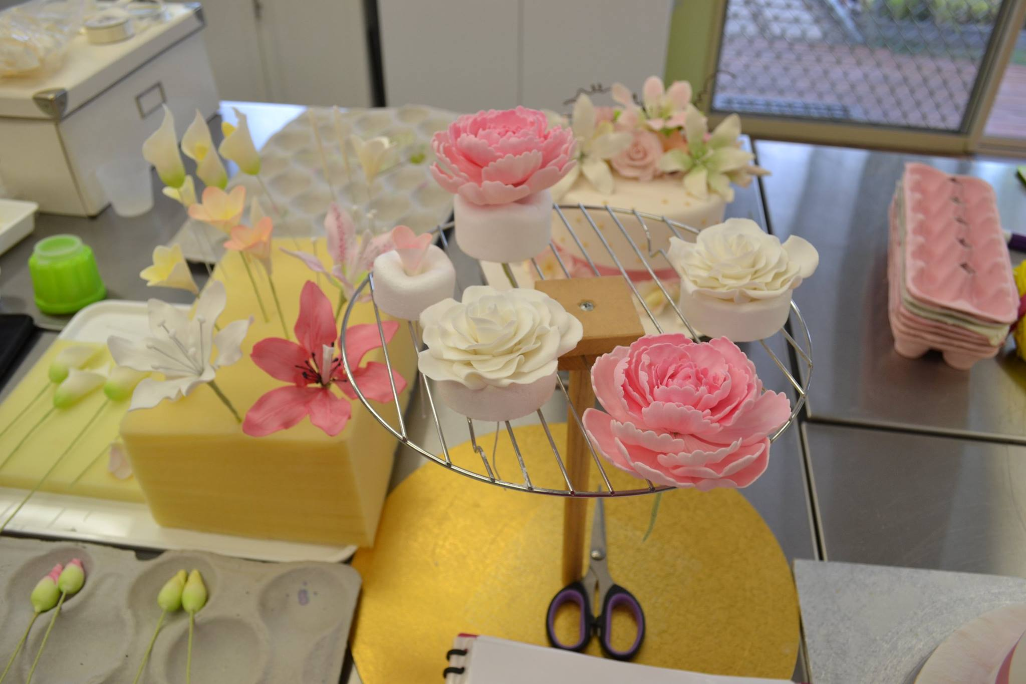 Sugar Flower class Brisbane Contemporary Cakes and Classes