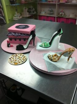Shoe cake class Contemporary Cakes and Classes Brisbane