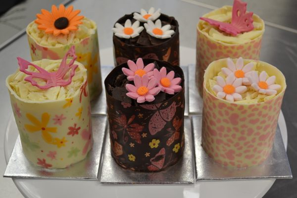 Chocolate wrapped Miniature cake Contemporary CAKES AND cLASSES