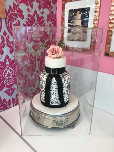 Covid Perspex Cover Wedding Cakes Contemporary Cakes and Classes Logan