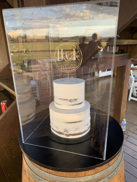 Wedding Cakes Contemporary Cakes and Classes Logan Daisy Hill