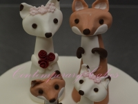 Bride and Groom Foxy figurine wedding toppers by Contemporary Cakes Brisbane