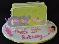 Birthday Cake Handbag cake
