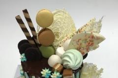 drip cake birthday cake