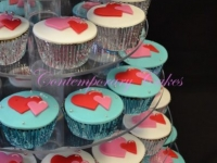 Heart entwined cupcakes