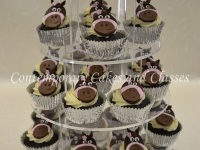 Horse themed cupcakes by Contemporary Cakes