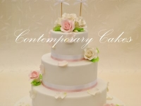 Brisbane Wedding cake by Contemporary Cakes and Classes