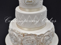 Ruffled roses wedding cake