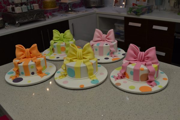 Brisbane cake decorating class Contemporary Cakes