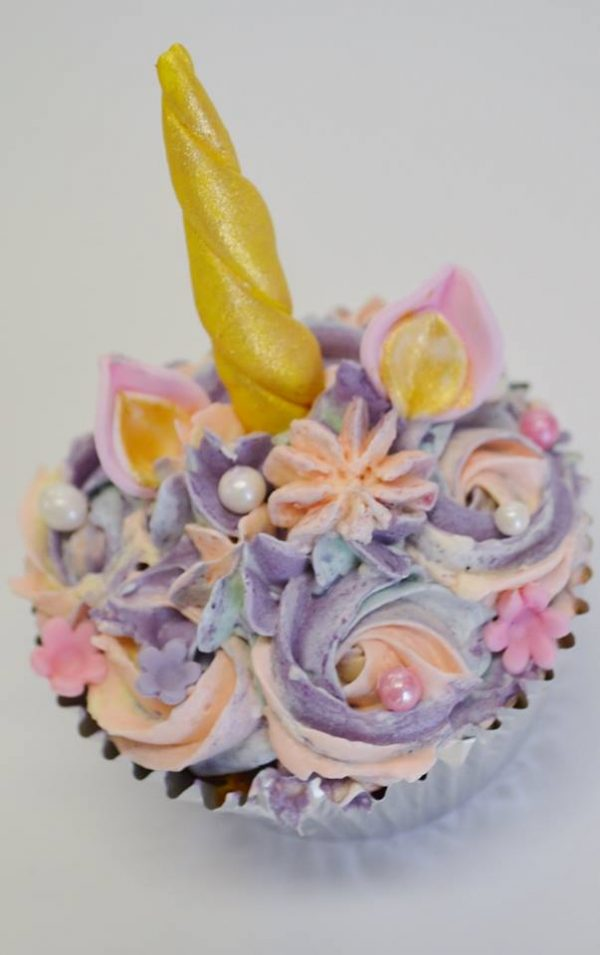 unicorn cupcake class Brisbane Contemporary Cakes and Classes