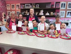 Childrens cake and cookies classes Contemporary Cakes