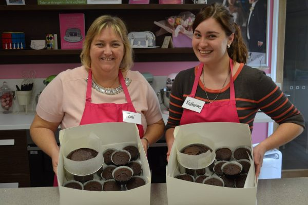 Baking cake class Brisbane Contemporary Cakes and Classes