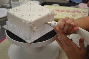 Cake decorating classes Brisbane Logan Contemporary Cakes and Classes