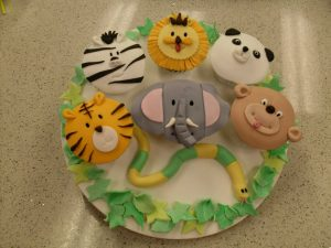 Jungle safari cupcakes by Contemporary Cakes and Classes