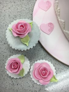 cupcakes Contemporary Cakes and Classes.. (2)