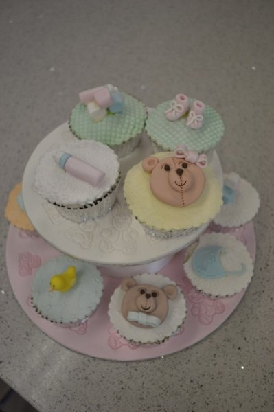 Baby Shower, christening cakes and cupcakes. Logan Brisbane Contemporary Cakes and Classes 85