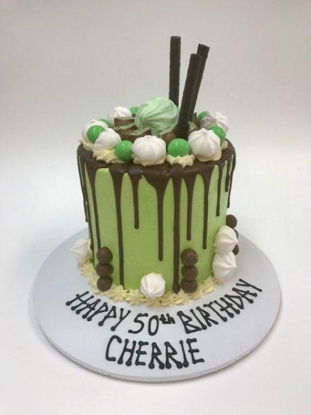Chocolate-drip-cake-birthday-cake-Contemporary-Cakes-and-Classes-Logan-Brisbane-2